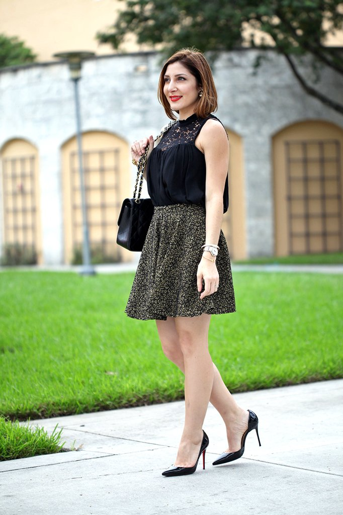 Blame-it-on-Mei-Miami-Fashion-Blogger-Holiday-Look-2015-Lace-Blouse-Flared-Skirt-Gold-Embroidery-Cartier-Ballon-Bleu-Louboutin-Iriza-Pumps-Chanel-Classic-Double-Flap