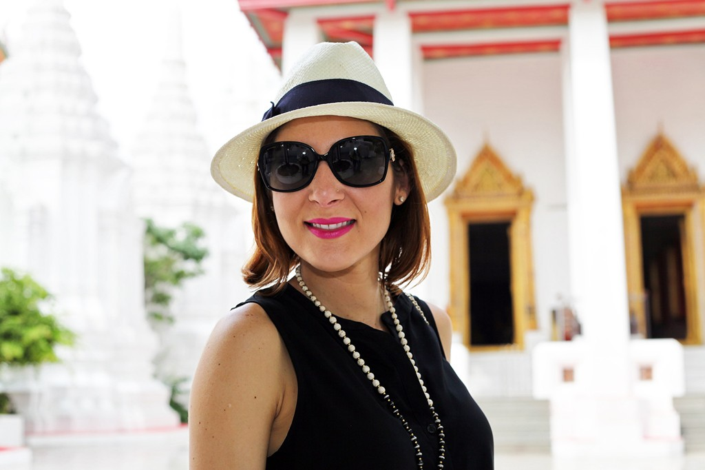 1-15-16-Blame-it-on-Mei-Miami-Fashion-Travel-Blogger-Thailand-Bangkok-Buddhist-Temple-Thai-Building-Valentino-Rockstud-Handbag-Panama-Hat-Travel-Outfit-Look-Black-Romper
