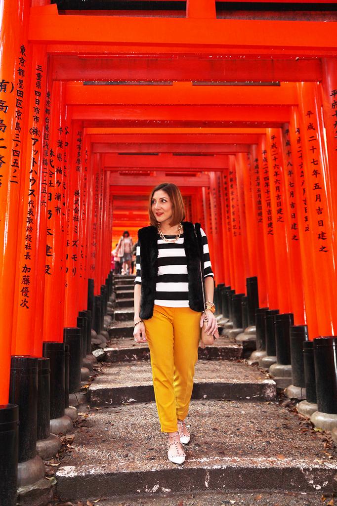 Blame-it-on-Mei-Miami-Fashion-Travel-Blogger-Wide-Stripe-Top-Fur-Vest-Valentino-Rockstud-Flats-Gucci-Soho-Japan-Kyoto-Fushimi-Inari-Shrine