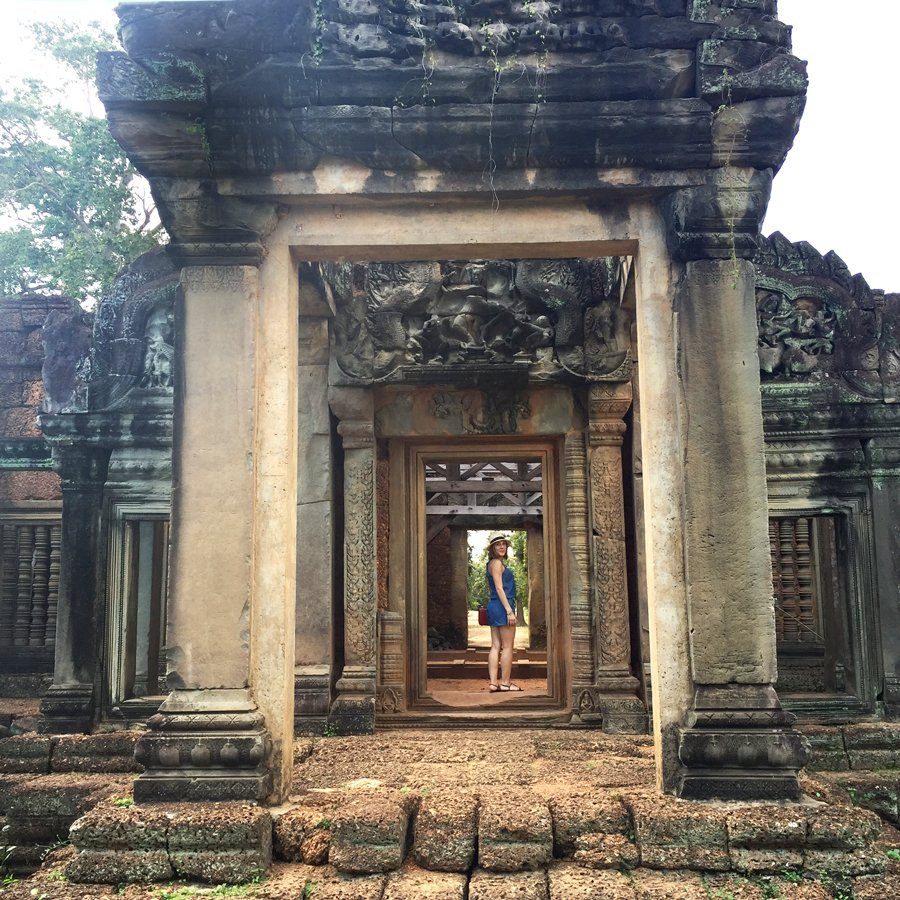 2-1-16-Blame-it-on-Mei-Fashion-Travel-Blogger-Pinterest-Cambodia-Banteay-Samre-Hindu-Temple-Complex-Angkor-Siem-Reap-Khmer-Ancient-Empire-