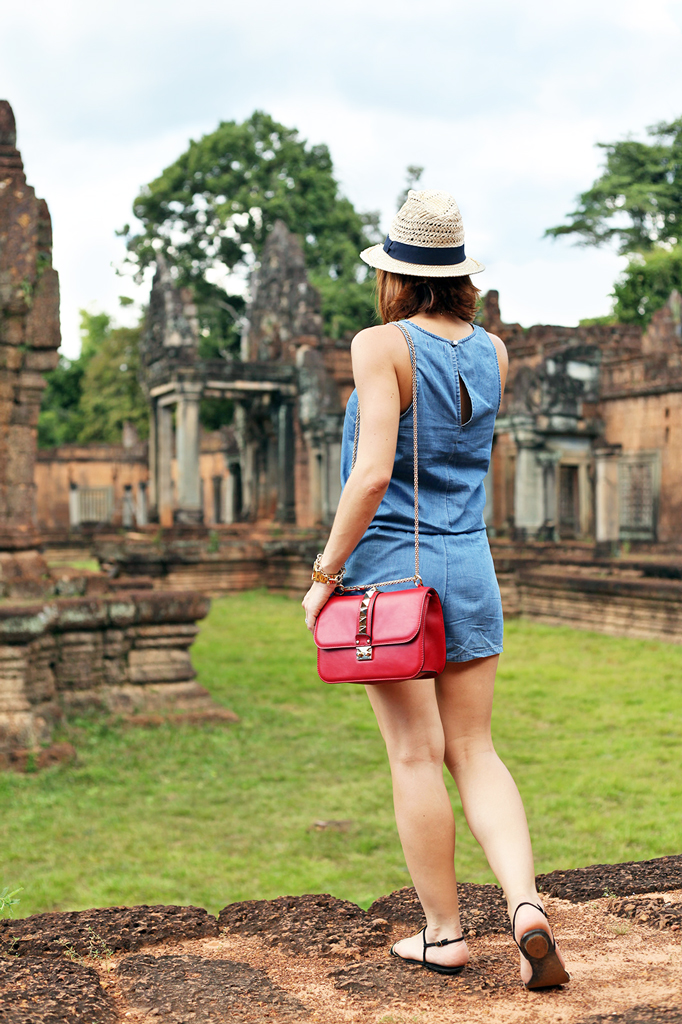 2-1-16-Blame-it-on-Mei-Fashion-Travel-Blogger-Pinterest-Cambodia-Banteay-Samre-Hindu-Temple-Complex-Angkor-Siem-Reap-Khmer-Ancient-Empire