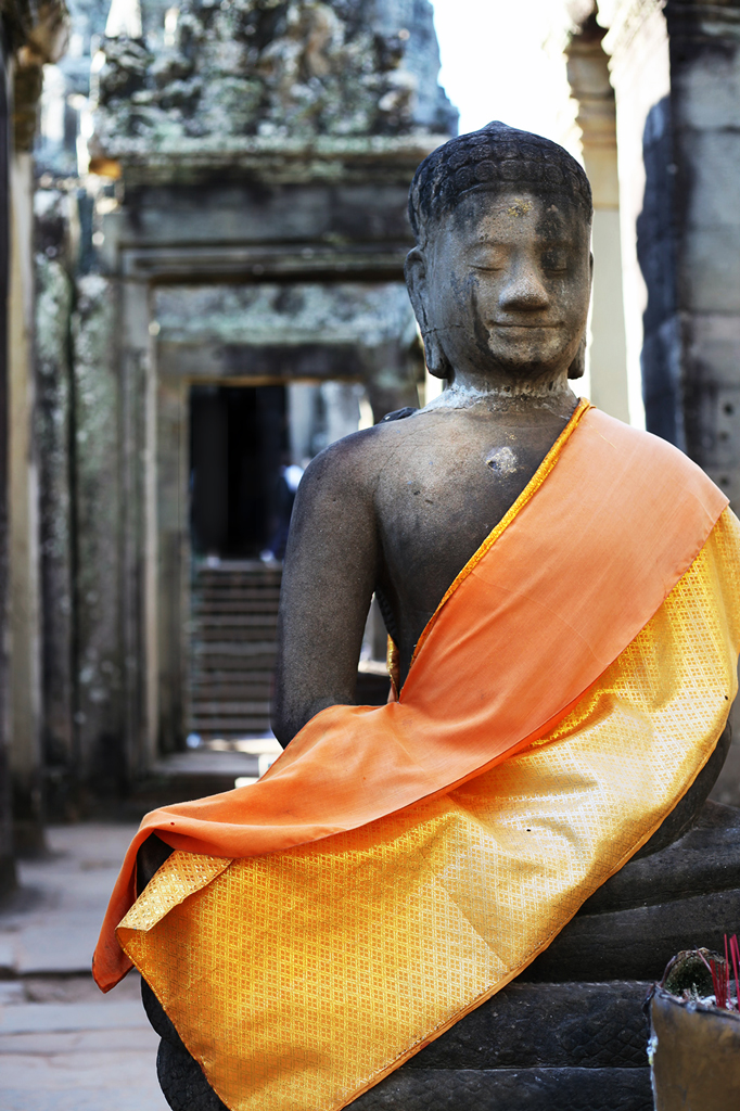 2-10-16-Blame-it-on-Mei-Fashion-Travel-Blogger-Cambodia-Angkor-Thom-Bayon-Temple-Complex-Siem-Reap-Khmer-Ancient-Empire