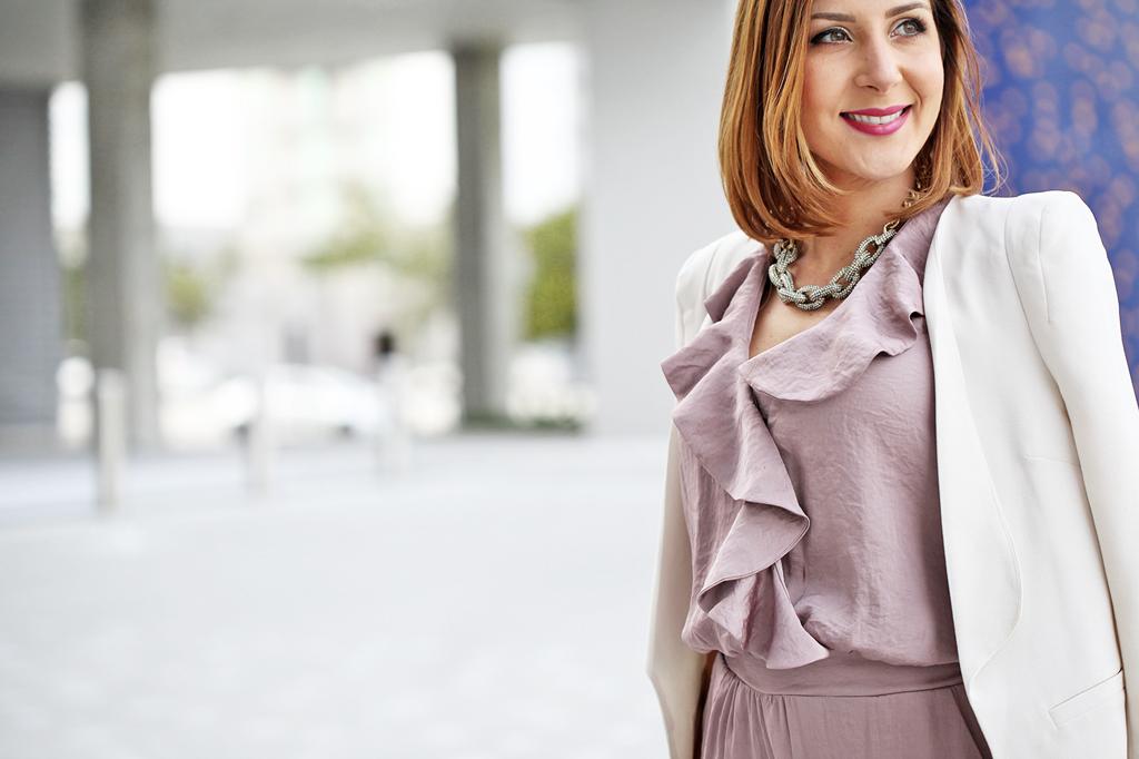 ff44611c719d Valentine's Day Outfit: Rose Quartz Jumpsuit + White Blazer - Blame ...