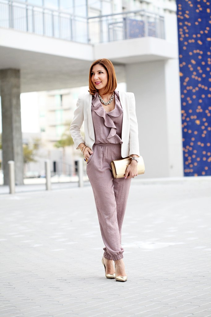 2-12-16-Blame-it-on-Mei-Fashion-Blogger-2016-Valentines-Day-Inspiration-Look-Rose-Quarz-Jumpsuit-White-Blazer-LV-Louis-Vuitton-Clutch-Louboutin-Metallic-Gold-Pumps