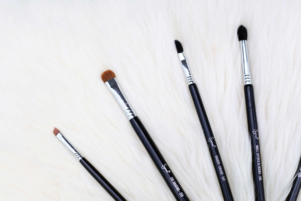 Blame-it-on-Mei-Miami-Fashion-Beauty-Blogger-Tarte-BeautyBlender-Sigma-Beauty-Must-Have-Makeup-Brushes