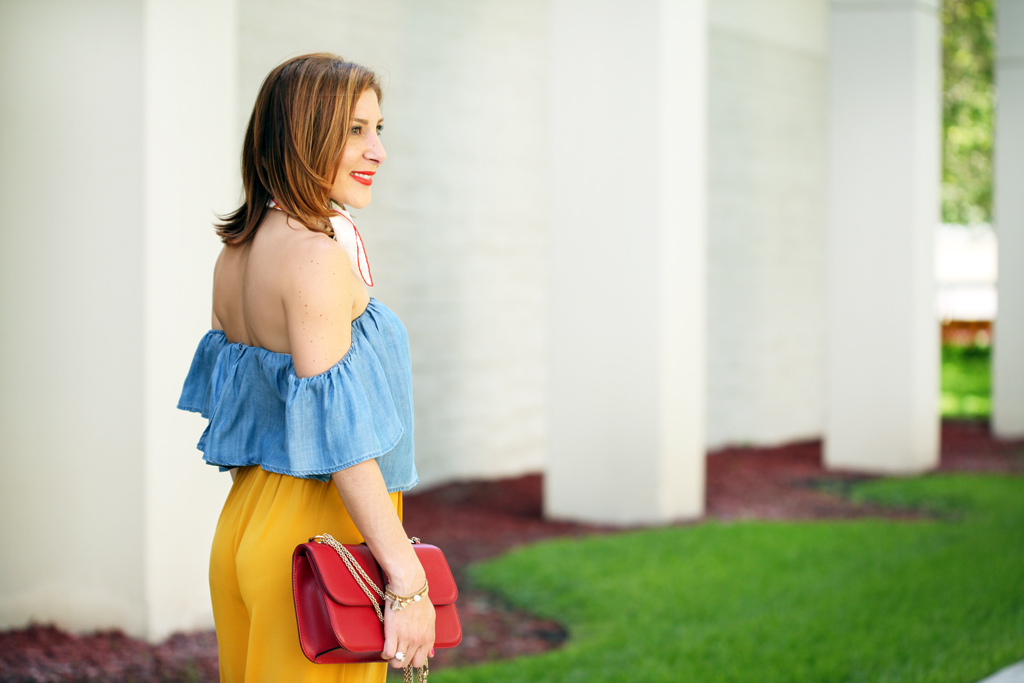 Blame-it-on-Mei-Miami-Fashion-Blogger-2016-Spring-Look-Summer-Casual-Outfit-Chambra-Off-The-Shoulder-How-To-Wear-Neck-Scarf-Valentino-Rockstud-Crossbody-Culottes