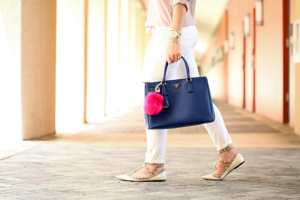 Blame-it-on-Mei-Miami-Fashion-Blogger-2016-Summer-Outfit-White-Denim-Blush-Tunic-Prada-Navy-Handbag-Hot-Pink-Pom-Pom-Valentino-Rockstud-Flats