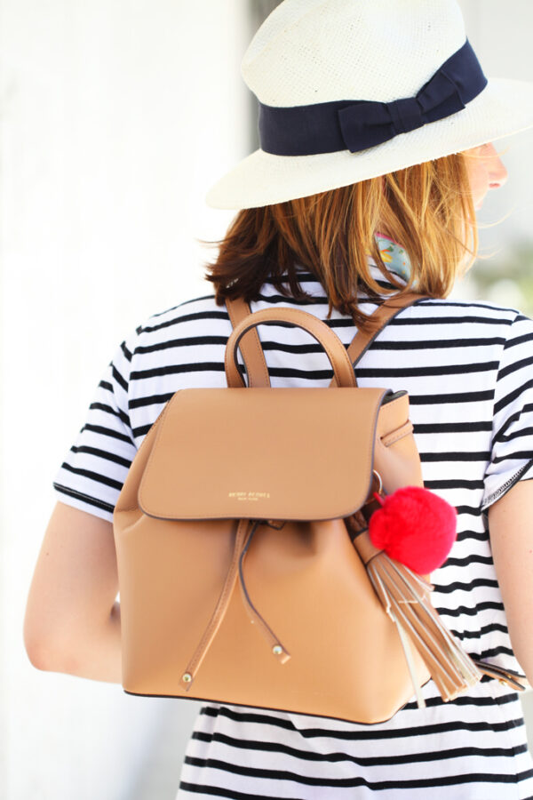 Blame-it-on-Mei-Miami-Fashion-Blogger-2016-Striped-Casual-Dress-Summer-Look-Travel-Outfit-Neck-Scarf-Panama-Hat-Fedora-Henri-Bendel-Bookbag-Valentino-Rockstud-Espadrilles