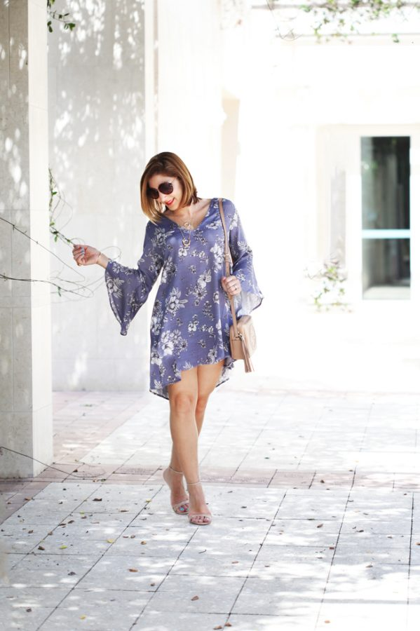 Blame-it-on-Mei-Miami-Fashion-Blogger-2016-Nordstrom-Sale-#Nsale-Whitney-Bell-Sleeve-Shift-Dress-Summer-Look-Stella-&-Dot-Luna-Double-Horn-Pendant-Gucci-Soho-Disco-Round-Sunglasses