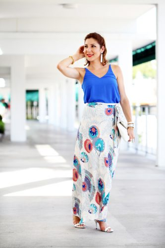 9-26-16-blame-it-on-mei-miami-fashion-blogger-2016-floral-long-maxi-skirt-bright-cami-top-baublebar-white-pinata-tassel-earrings-henri-bendel-debutante-clutch-transition-outfit-date-night-look-2