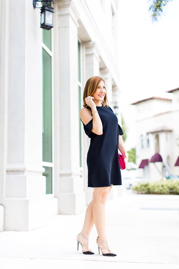 Blame-it-on-Mei-Miami-Fashion-Blogger-2016-Black-Cold-Shoulder-Dress-Classy-Look-Elegant-Wedding-Outfit-YSL-Fuschia-Clutch-Valentino-Rockstuds-Sandals-