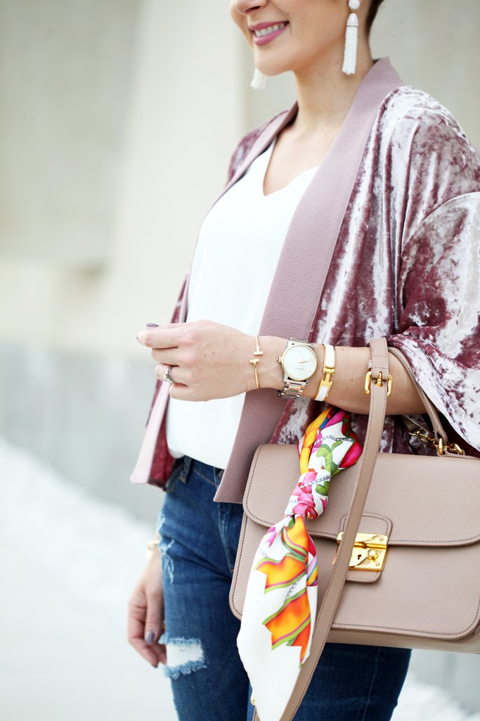 Blame-it-on-Mei-Miami-Fashion-Blogger-2016-Velvet-Kimono-Jacket-Rose-Quartz-with-Denim-Valentino-Rockstud-Sandals-Tassel-Earrings-Casual-Look-Transition-to-Fall-Outfit