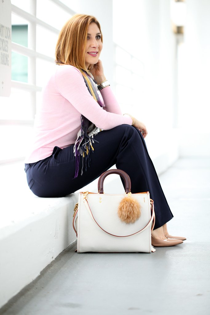 Blame-it-on-Mei-Miami-Fashion-Blogger-2016-Pink-Sweater-Navy-Trousers-Banana-Republic-Chalk-Coach-Rogue-Handbag-Blanket-Scarf-Louboutin-Blush-Heels-Casual-Fall-Look