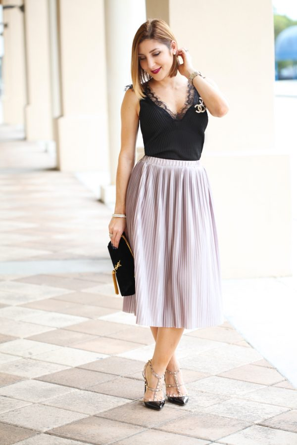 Blame-it-on-Mei-Miami-Fashion-Blogger-2016-Thanksgiving-Outfit-Look-Holiday-Outfit-Pleated-Metallic-Midi-Skirt-Lace-Tank-Cami-YSL-Velvet-Handbag-Chanel-Pin-Brooch-Valentino-Rockstud-in-Black