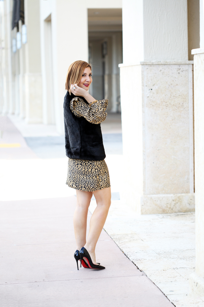 Blame-it-on-Mei-Miami-Fashion-Blogger-2016-Thanksgiving-Look-Holiday-Outfit-Animal-Print-Dress-Faux-Fur-Vest-Louboutin-Iriza-Patent-YSL-Velvet-Clutch-Chandelier-Earrrings
