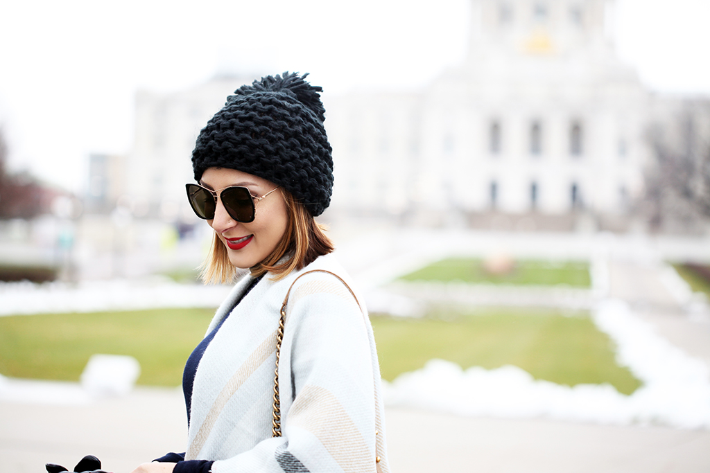 Blame-it-on-Mei-Miami-Fashion-Travel-Blogger-2016-Winter-Fall-Look-Poncho-Gray-Cape-Pom-Pom-Beanie-Black-Over-The-Knee-Boots-Chanel-Boy-Minneapolis-State-Capitol