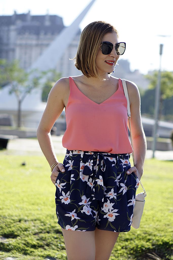 Blame-it-on-Mei-Miami-Fashion-Travel-Blogger-2017-Buenos-Aires-Argentina-Summer-Travel-Look-Floral-Shorts-Tassel-Earrings-Lace-Up-Sandals-Womens-Bridge-Puente-Mujeres-Puerto-Maderos