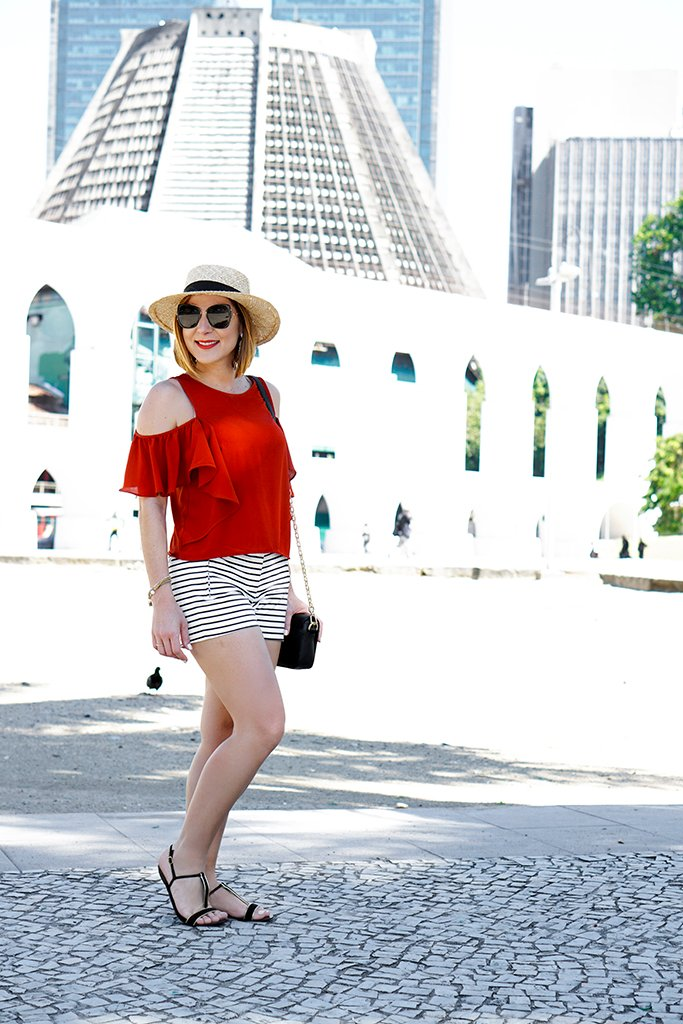 -Blame-it-on-Mei-Miami-Fashion-Travel-Blogger-2017-Rio-de-Janeiro-Aqueduct-Travel-Look-Casual-Outfit-Straw-Boater-Hat-Cold-Shoulder-Top-Stripe-Shorts-Tassel-Earrings