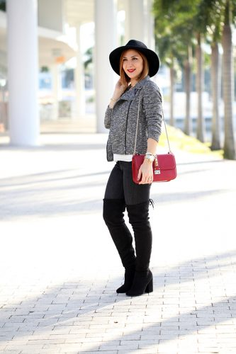 Blame-it-on-Mei-Miami-Fashion-Blogger-2017-Casual-Outfit-Fall-Look-Knit-Moto-Jacket-Steve-Madden-Norri-OTK-Boots-Valentino-Rockstud-Red-Handbag