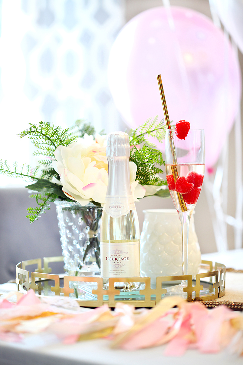 Blame-it-on-Mei-Miami-Fashion-Blogger-2017-Valentines-Day-Look-Galentines-Cocktails-Party-with-Le-Grand-Courtage-Champagne-Gold-Confetti-Glasses-