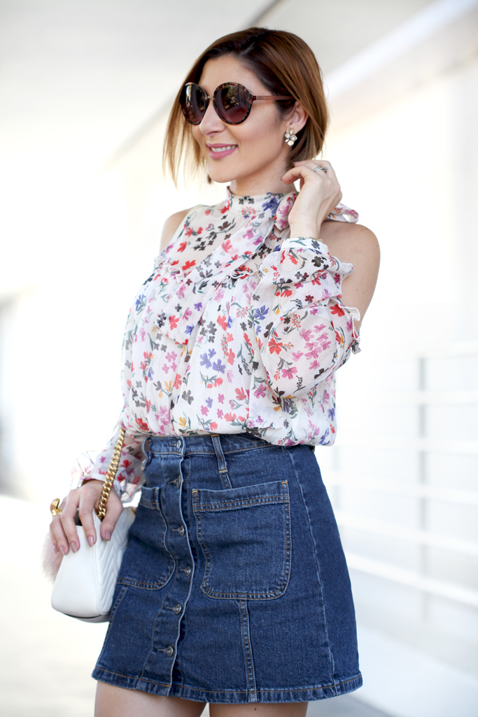 Blame-it-on-Mei-Miami-Fashion-Blogger-2017-Casual-Look-Floral-Cold-Shoulder-Button-Denim-Skirt-Valentino-City-Rockstud-Sandals-White-Gucci-GG-Marmont-Chevron