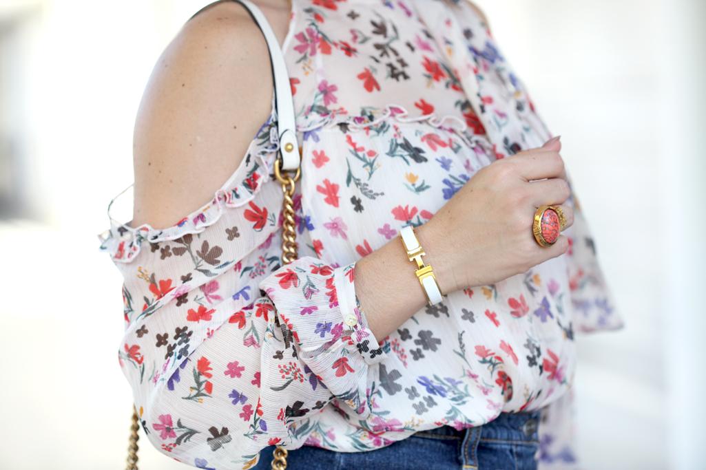 Blame-it-on-Mei-Miami-Fashion-Blogger-2017-Casual-Look-Floral-Cold-Shoulder-Button-Denim-Skirt-Valentino-City-Rockstud-Sandals-White-Gucci-GG-Marmont-Chevron