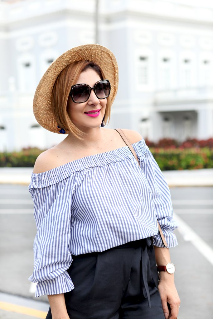 Blame-it-on-Mei-Miami-Fashion-Blogger-Travel-Blog-2017-Casual-Spring-Summer-Look-Casual-Outfit-Bow-Off-The-Shoulder-Top-with-Black-Shorts-Boater-Hat-Lace-up-Sandals-Gucci-Soho-Puerto-Rico