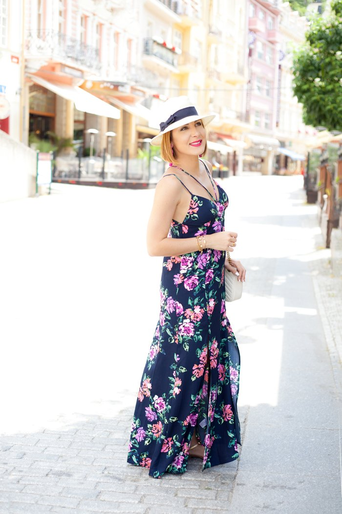 Blame it on Mei, @blameitonmei, Miami Fashion Blogger, Travel Look, Karlovy Vary, Summer Floral Maxi Dress
