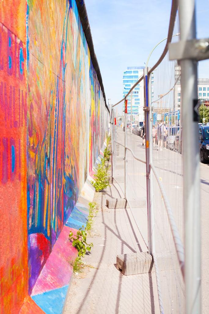 Blame it on Mei, @blameitonmei, Miami Fashion Blogger, Berlin Travel Look, Berlin Wall East Side Gallery