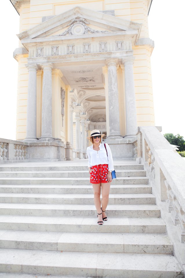 Blame it on Mei,@blameitonmei, Miami Fashion Travel Blogger, Vienna, Schonbrunn Palace Summer Outfit