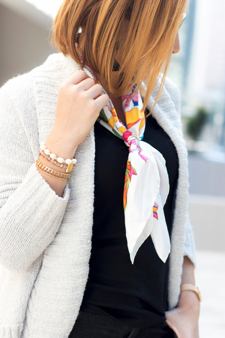 Blame it on Mei, @blameitonmei, Miami Fashion Blogger, Fall Travel Look, Flattering Cardigan, Lightweight Scarf