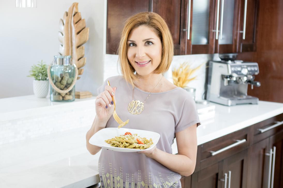 Blame it on Mei, @blameitonmei, Miami Fashion Blogger, Healthy Recipe Whole Wheat Pesto Pasta with Cherry Tomatoes