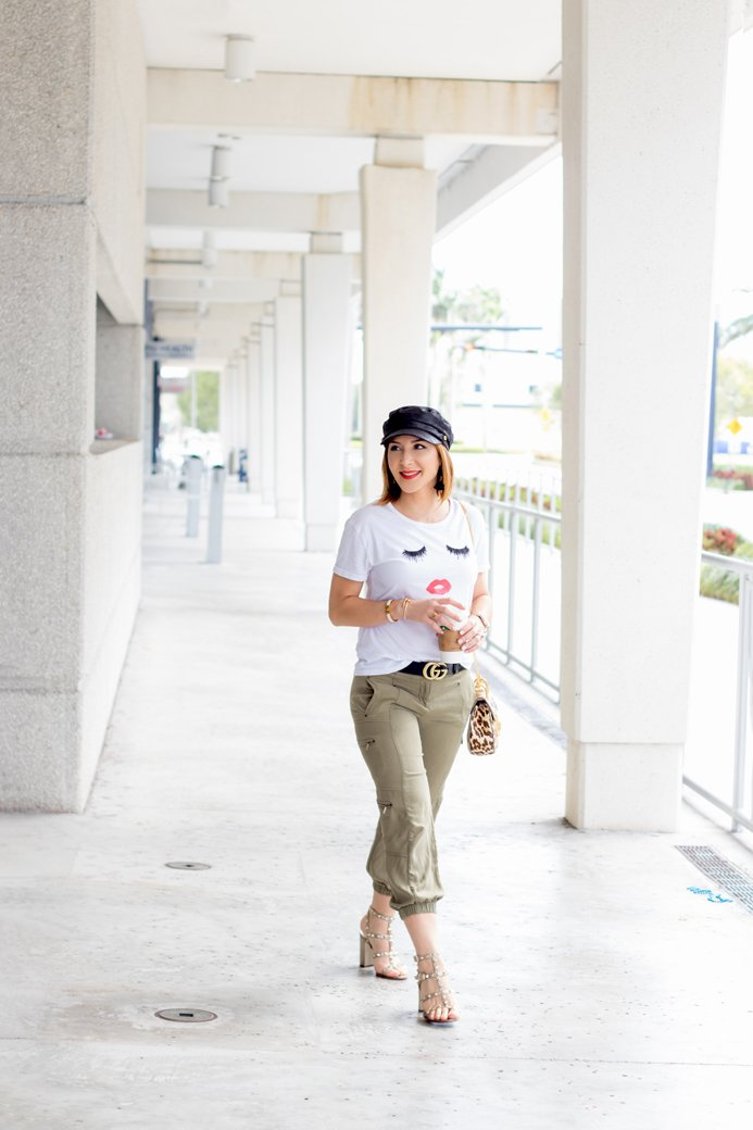 Blame it on Mei, @blameitonmei, Miami Fashion Travel Blogger, Graphic Tshirt, How to style joggers