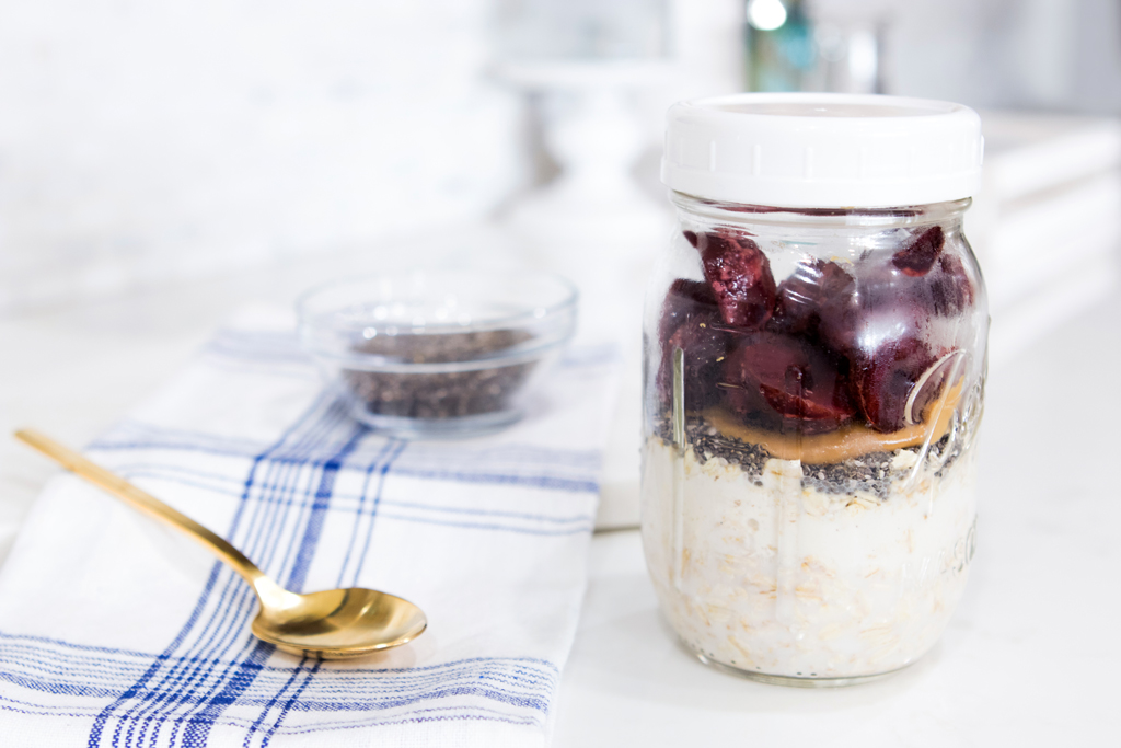 Blame it on Mei, @blameitonmei, Miami Fashion Lifestyle Blogger, Healthy Fast Breakfast Cherry Pie Overnight Fridge Oats