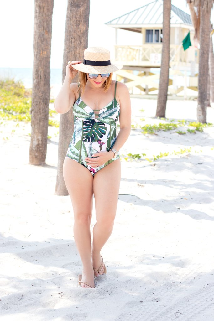 Blame it on Mei, @blameitonmei, Miami Fashion Blogger, Palm Print One Piece Swimsuit, Swimwear Look, Beach look
