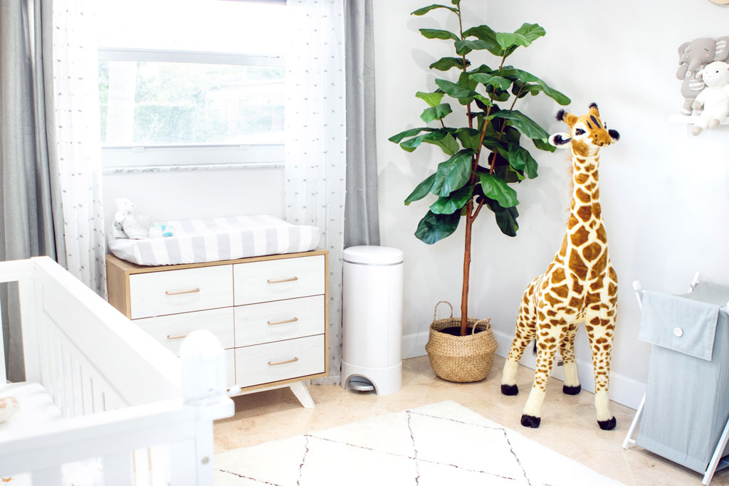 Blame it on Mei, Miami Fashion Mommy Blogger, Safari Animal Nursery