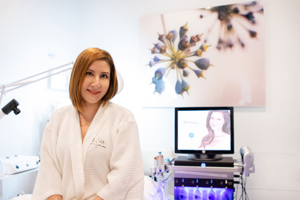 Blame it on Mei Miami Fashion Blogger What is Hydrafacial